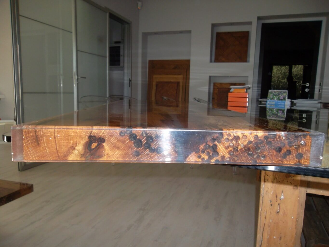 BRICCOLE-Coffee-table-ANTICO-TRENTINO-4